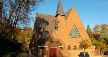 Kerkdienst in de Emmakerk